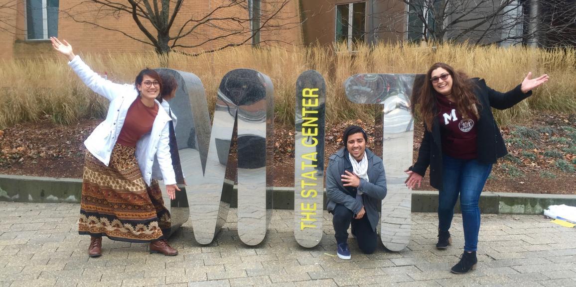 """Estudiantes de NeuroID visitan el """"MIT Quantitative Biology Workshop"""" en Massachusett"""